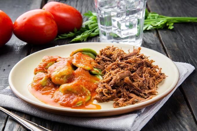 marmita-fitness-Carne-Desfiada-Capeloni-Verde-Recheado-Ao-Sugo