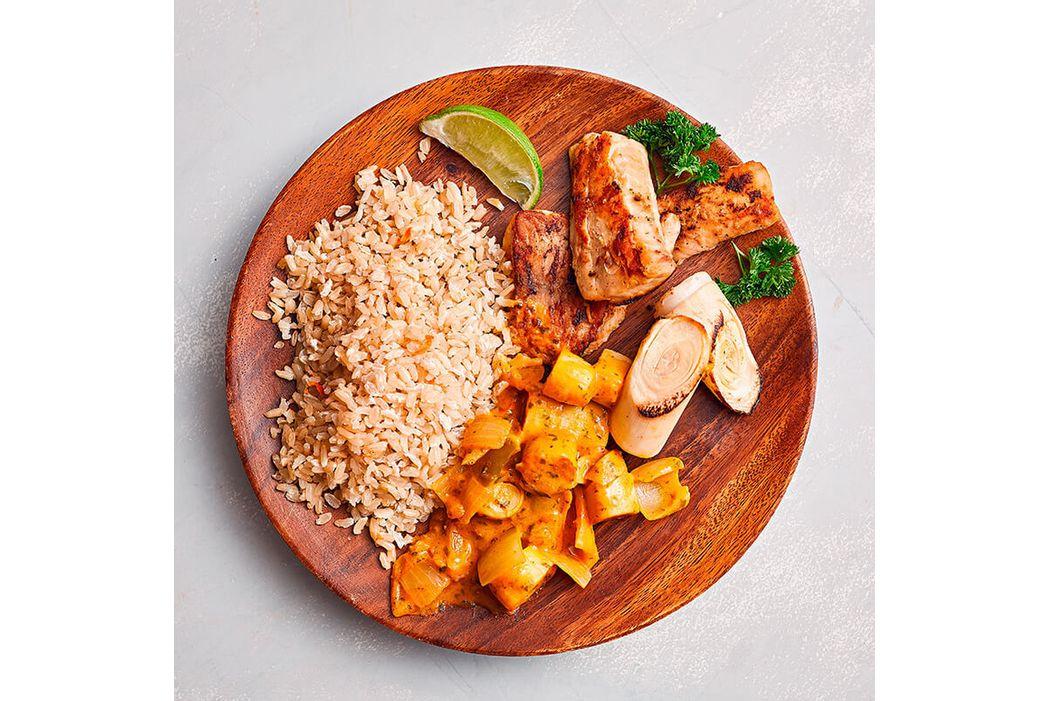 muqueca-de-palmito-pupunha-com-tilapia-e-arroz-integral